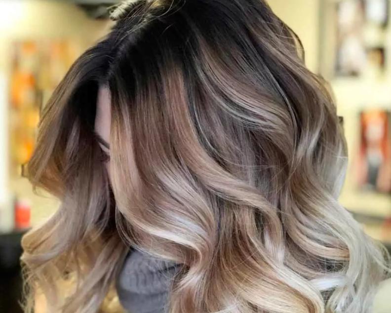 Сложное окрашивание волос 2021